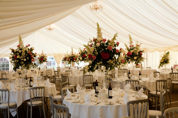 Quintessentially-English-Country-Wedding-Planner-0008