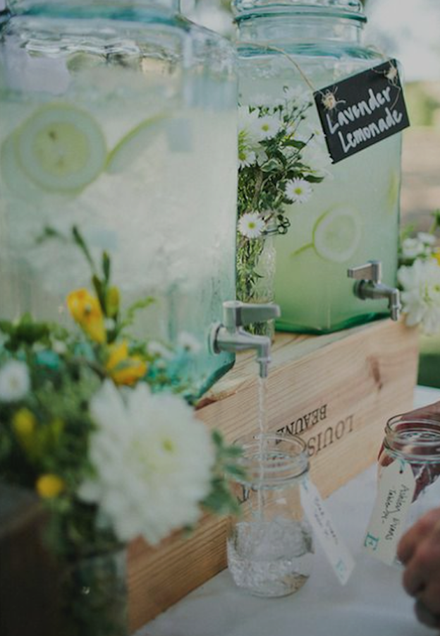 Drinks-dispensers-summer-wedding