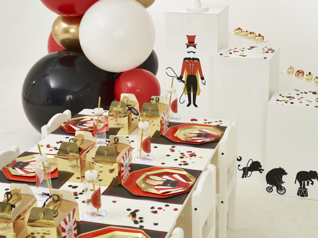 Just Bespoke The Collection // Circus themed Children's Party